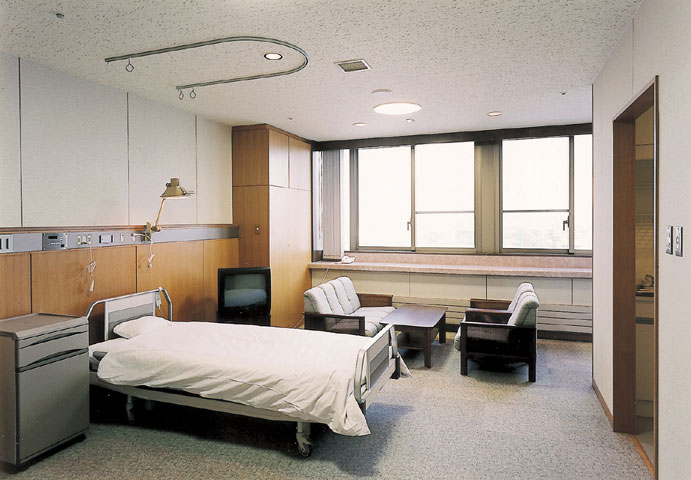 Rumah sakit bersalin di Jepang