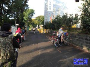 musim gugur naik sepeda
