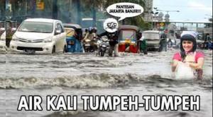 meme banjir jakarta terbaru