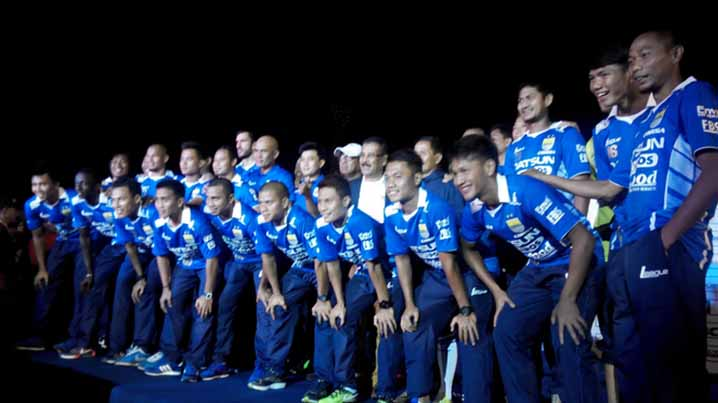 launching persib