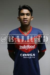 (9) Junius R. Bate (LB/RB) | TTL: Buleleng, 9 Juni 1993  | Tinggi/Berat: 170 Cm/62 Kg | Klub Sebelumnya: Perseden