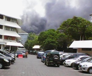 @witjaksono088 10m10 minutes ago Polda Jateng Kebakaran tgl 30-9-2015 siang ini.tq.