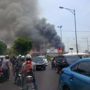@Lindaarintoko 10m10 minutes ago Polda jateng kebakaran ?