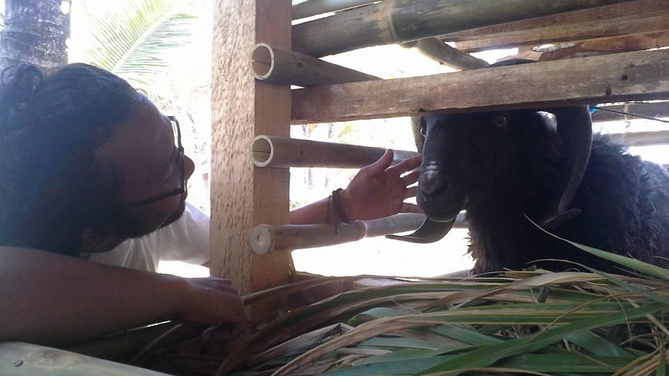 ricky elson cari kambing hitam
