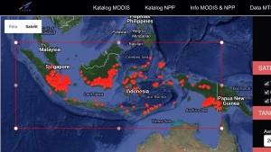 3.226 hotspot kepung wilayah Indonesia. Satelit Terra Aqua potret hotspot makin meningkat pada 20-10-2015.