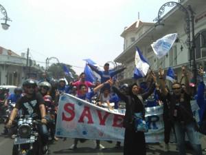 12.00 : Bobotoh pun ikut peduli #tuntaskanAsap #PeduliAsap #StopAsap #pawaipersib | via Iso