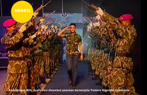 @toskaloka 1h1 hour ago kedatangan Billy Syahputra disambut pasukan bersenjata TNI @bangbily @ABABILReal_JKT Dirgahayu TNI