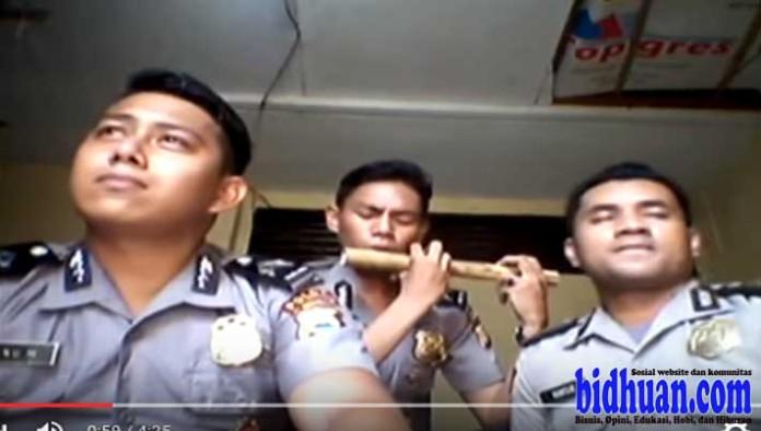 video polisi