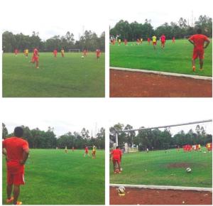 IG jakonline01 : Suasana Latihan Persija Kemarin di Lapangan Kota Barat, Solo via Jak Solo #GuePersija #NgayabKeSolo #BanggaJakmania #TourSolo
