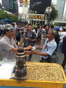 ‏@themadd 4h4 hours ago Kacang will not sell themselves #KamiTidakTakut (photo: ABC Adam Harvey)