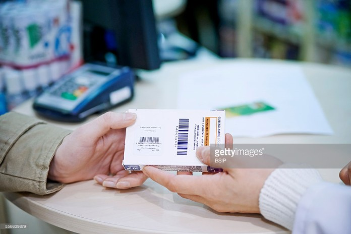 permenkes 2015 apotek