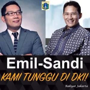 Denny H. Suryoprabowo Follow · January 28 · (Copas Dari wall sahabat..) Semoga warga bandung ikhlas mewakafkan pemimpinnya, untuk membersihkan jakarta dari sikap-sikap kepemimpinan yang tidak manusiawi. Sebagai Ibukota negara, jakarta butuh pemimpin yang tidak menghinakan rakyatnya.. Jakarta butuh Pemimpin muda yang santun yang visioner, tau bagaimana membangun wilayahnya... Pemimpin muda yang tidak menyebut rakyatnya sebagai ba*ingan, bangsa*, ta*, nenek lu, setan, maling, bren*sek..... Semoga bersama mereka hargadiri, kehormatan dan kehidupan orang jakarta akan kembali bangkit dengan penuh kebanggaan sbg warga terhormat... #IndonesiaDukung.. #MakinCintaJakarta