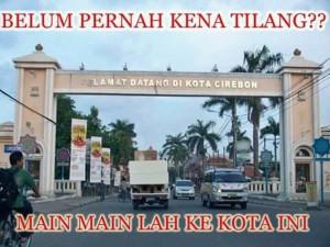 @warno_layone 31/01/2016 11:02:42 WIB Mw adu sakti sim anda cobalah datang ke sini deh om .... Di jamin SIM kesaktian nya di ragukan#kota sejuta tilang