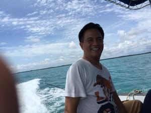 @Yusrilihza_Mhd 26/01/2016 12:06:51 WIB Senangnya di tengah laut di Selat Karimata