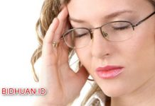 Sakit Kepala Sebelah Kanan - 6 Penyebab dan Nama Obatnya