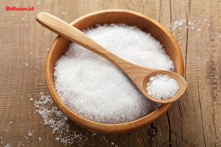 Obat Sakit Gigi Berlubang dengan Garam