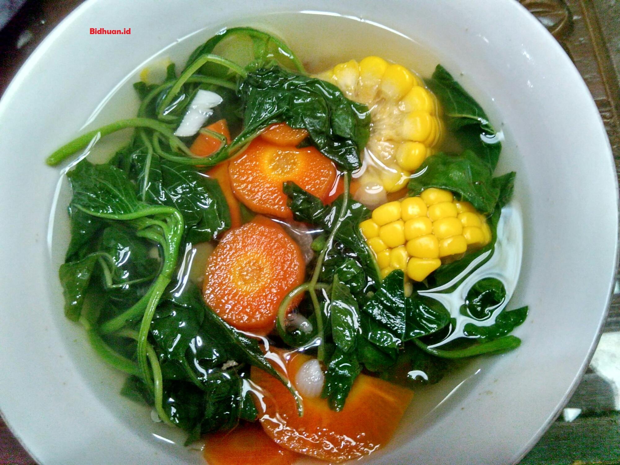 Makanan yang dihindari penderita asam urat Sayur Bayam