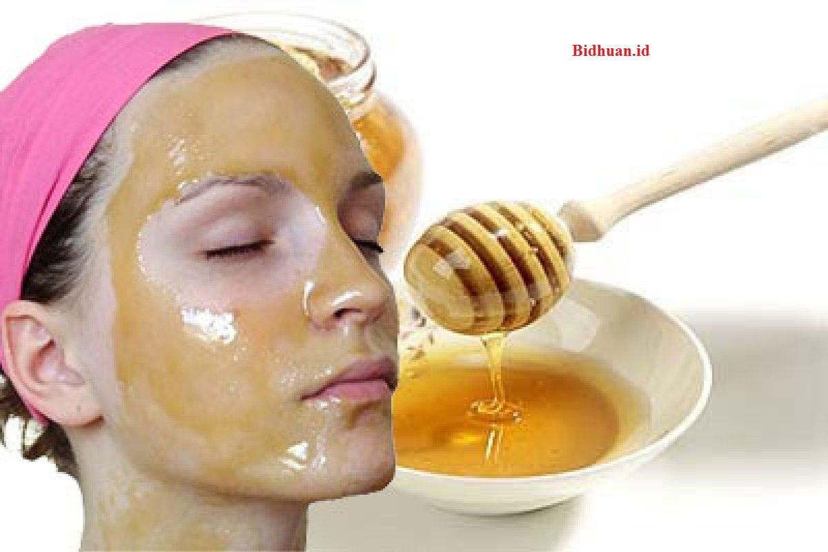 Manfaat madu untuk melembabkan kulit wajah