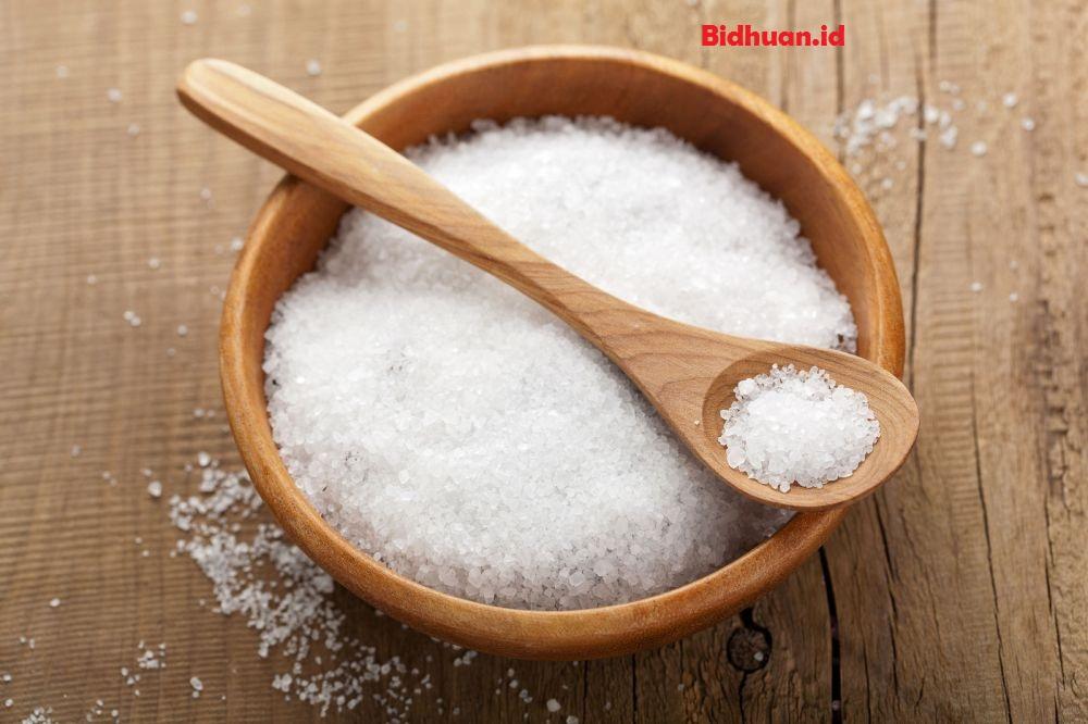Mengatasi gusi bengkak dengan garam