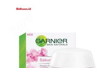 Garnier Sakura White Pinkish Radiance Whitening Cream SPF21