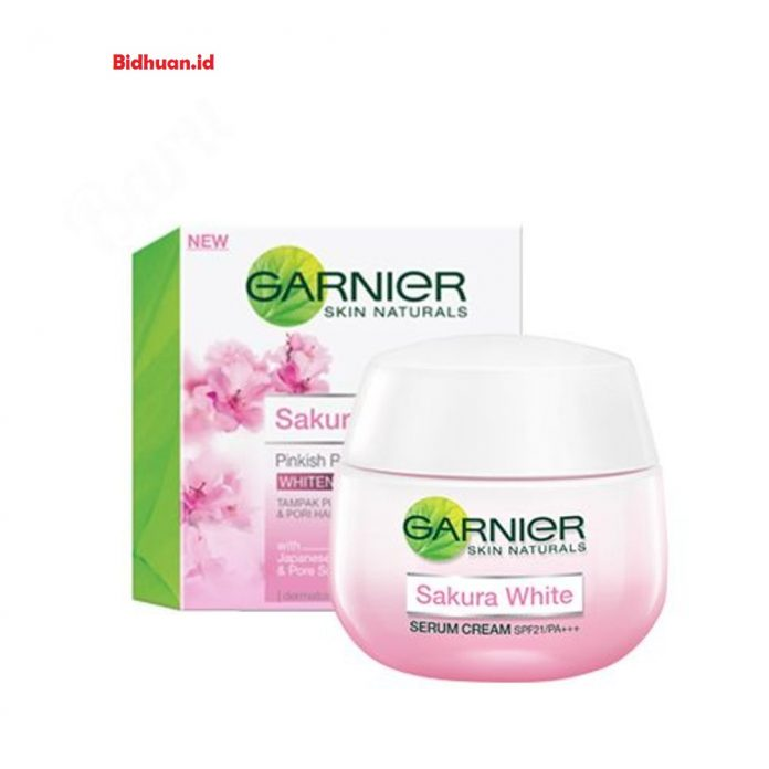 Garnier Sakura White Pinkish Radiance Whitening Cream SPF21