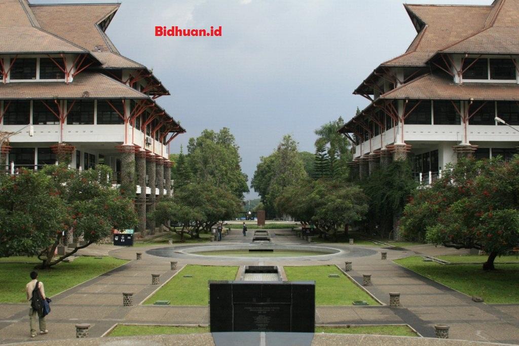 Institut Teknologi Bandung, Peringkat 54