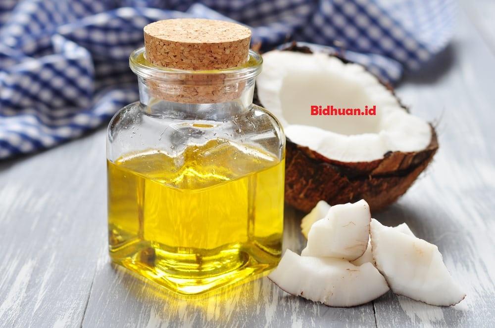 Obat bisul yang mujarab yaitu minyak kelapa