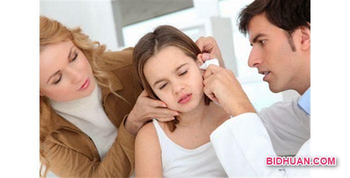 cara menghilangkan telinga berdengung karena kemasukan air